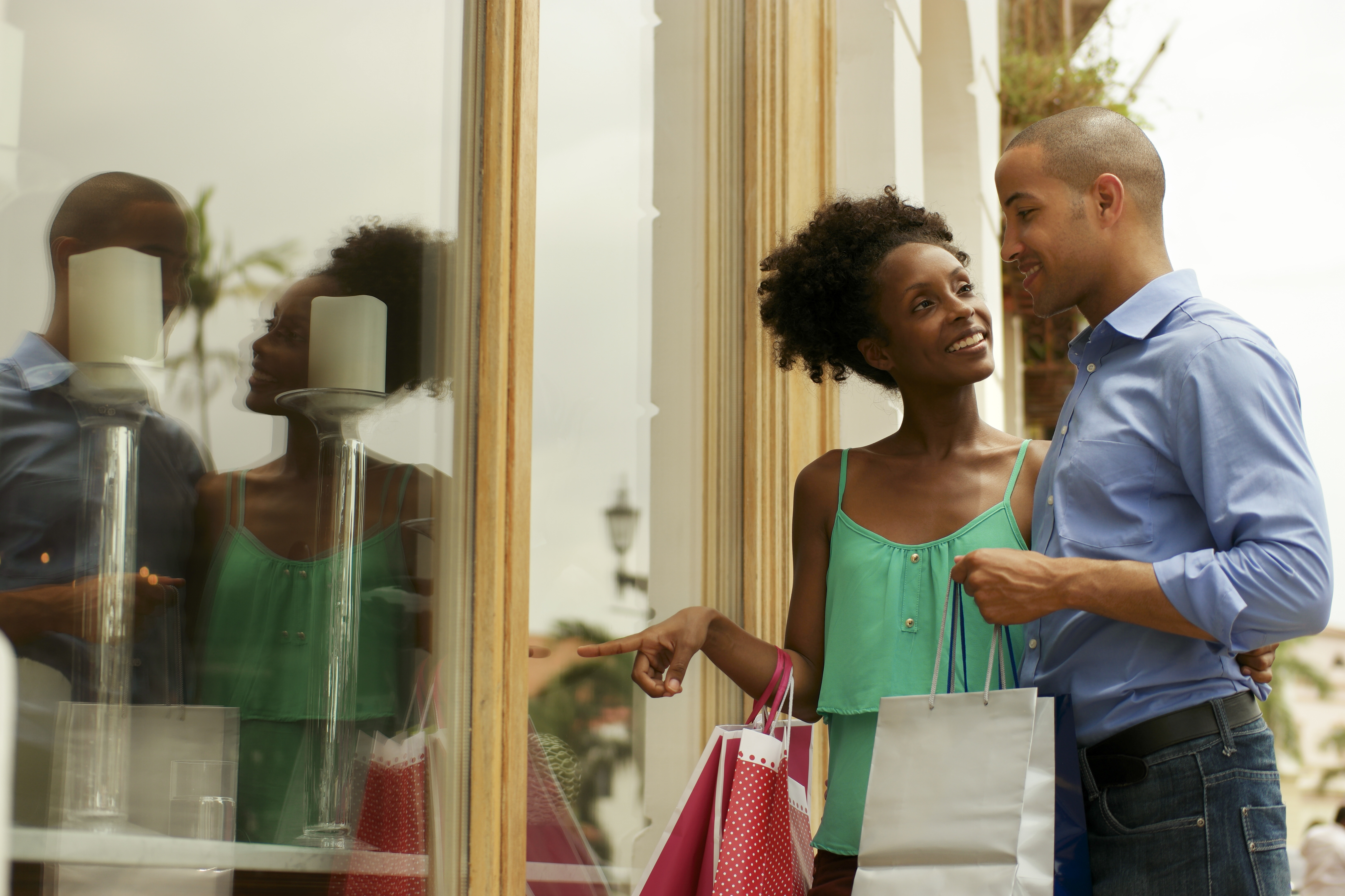 Create a retail experience for the 5 senses